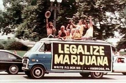 El uso del cannabis se popularizó entre la generación baby boomer y los hippies
